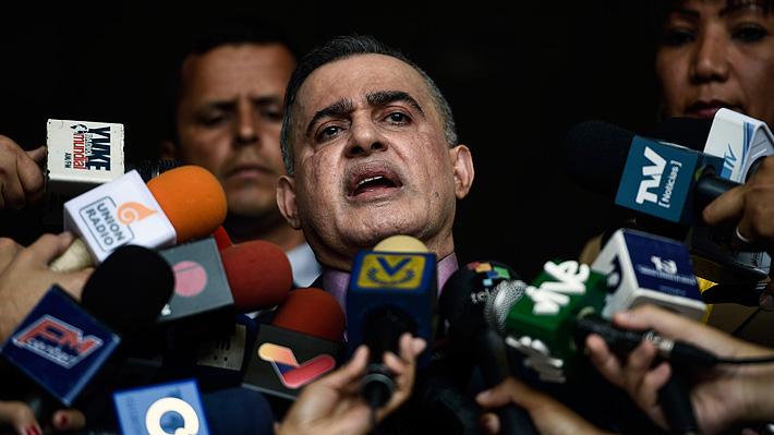 Fiscal general de Venezuela abre investigación contra Guaidó y pide medidas cautelares