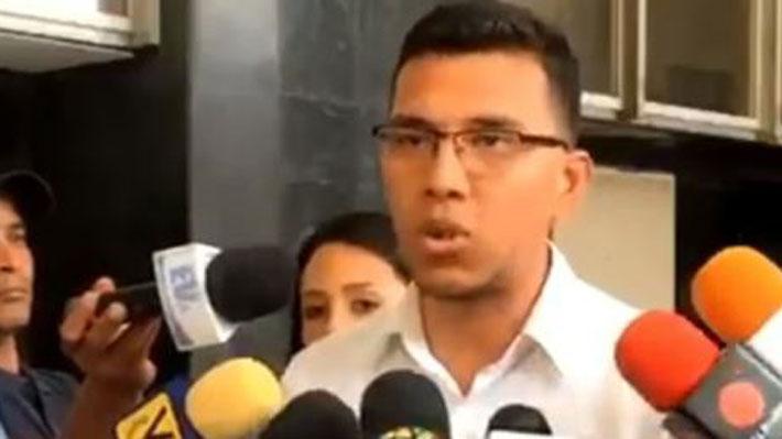 """Periodista venezolano detenido junto a profesionales de TVN: """"No estábamos cometiendo ningún delito"""""""