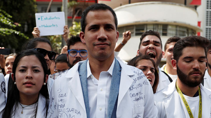 Guaidó lidera marcha opositora contra Maduro a una semana de su proclamación como Presidente encargado de Venezuela