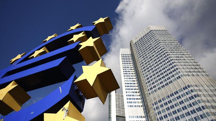 Desaceleración golpea a la zona euro y anota su peor cifra de crecimiento económico en cuatro años