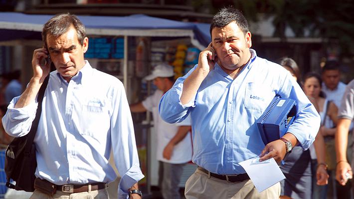 Gobierno anuncia histórica reducción de cargos de acceso móvil: Bajarán las tarifas de llamadas entre celulares