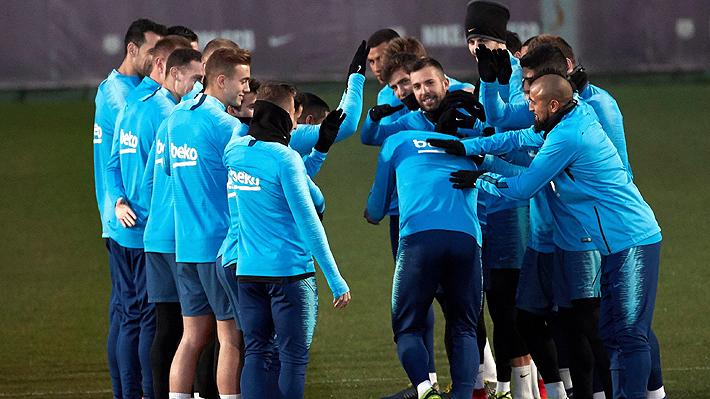 Jugará tres veces ante el Real Madrid en un mes: El exigente calendario que se le viene al Barcelona de Vidal