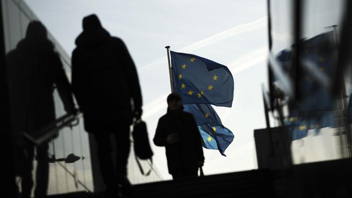 UE impondrá desde este sábado aranceles definitivos del 25% a las importaciones de acero
