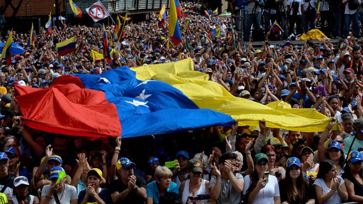 Maduro y Guaidó medirán fuerza en las calles este sábado en Venezuela, Chile y el mundo
