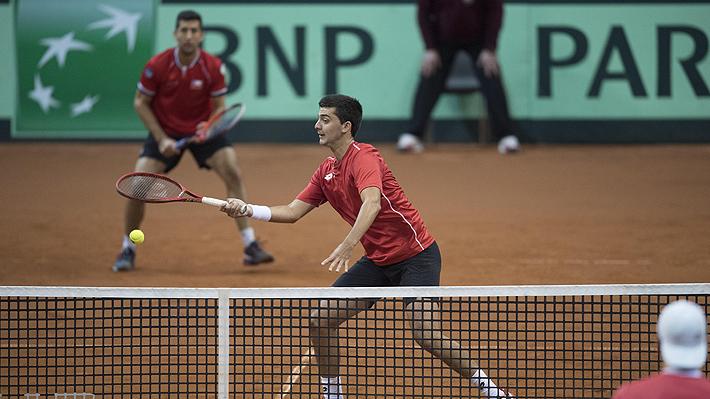 Pese al partidazo de un sorprendente Tomás Barrios, Chile cae en un dramático dobles y Austria lidera la serie