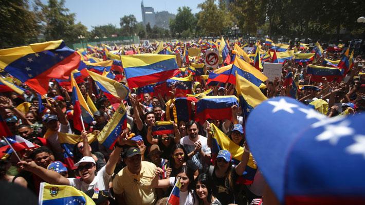 Oposición aclama a Guaidó y chavistas defienden a Maduro: Cómo se vivió la jornada de movilizaciones en Venezuela