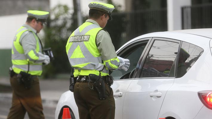 Detienen a un hombre que intentó pagar $20.000 a Carabineros para evitar infracción