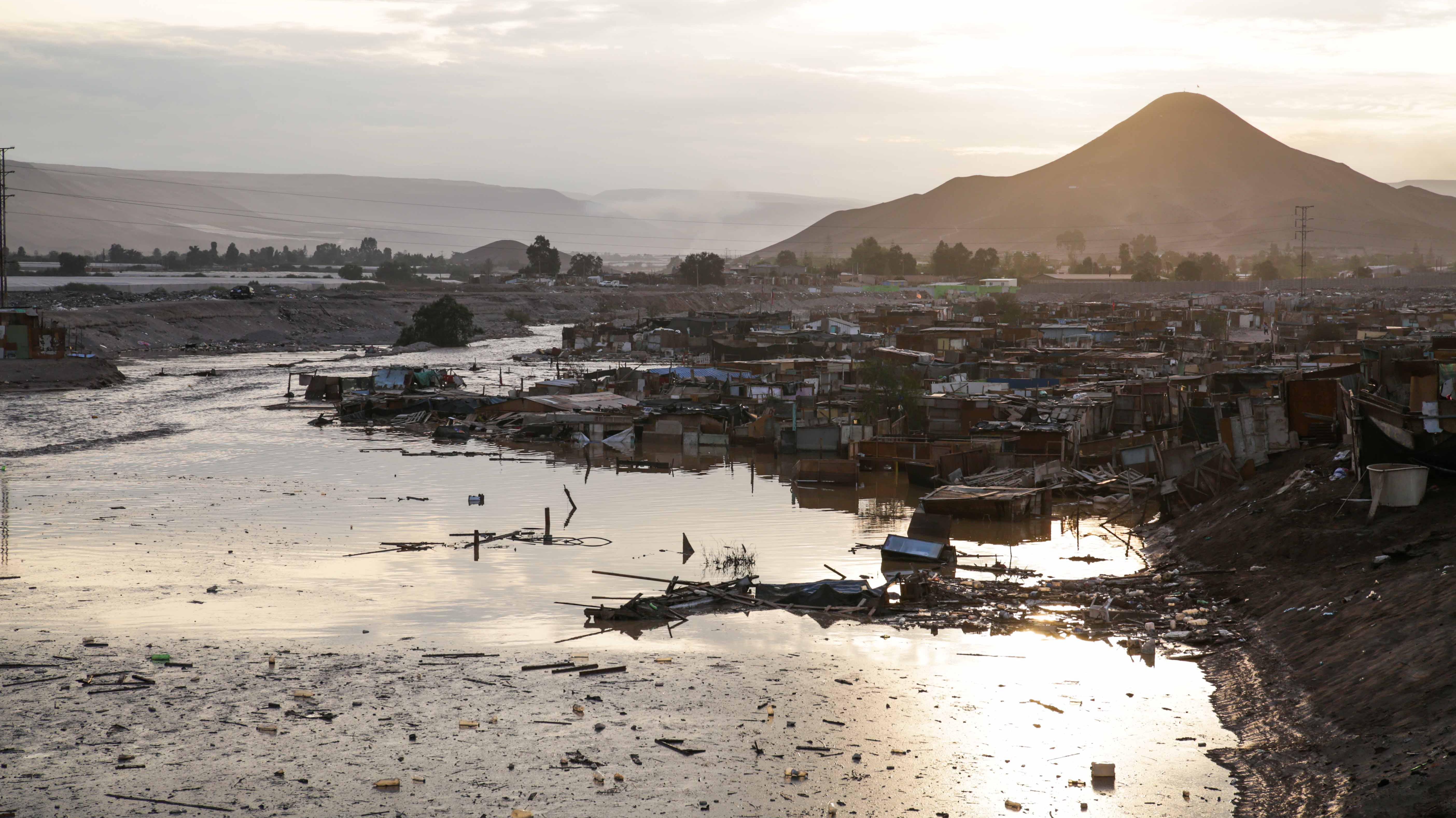 """Intendenta de Arica recalca que """"no es necesario"""" decretar zona de catástrofe por lluvias: """"No nos hemos visto sobrepasados"""""""