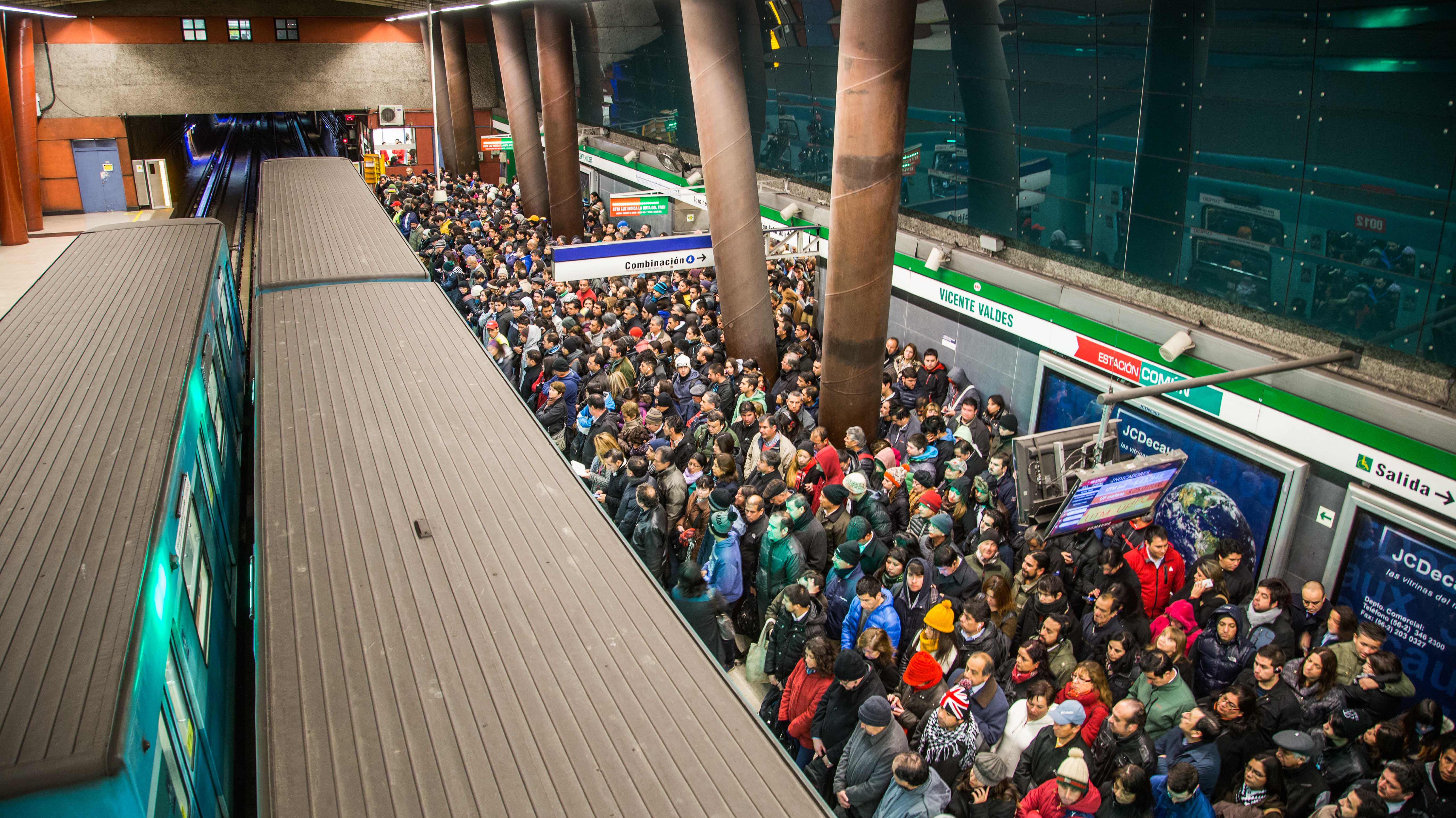 Línea 5 del Metro vuelve a presentar problemas: Suspendió ruta expresa y hay retraso en frecuencia habitual