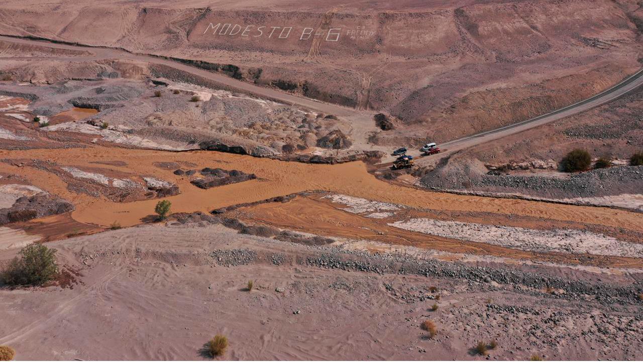Intendente de Tarapacá declara Alerta Amarilla y sobrevuela la región para conocer estado de quebradas