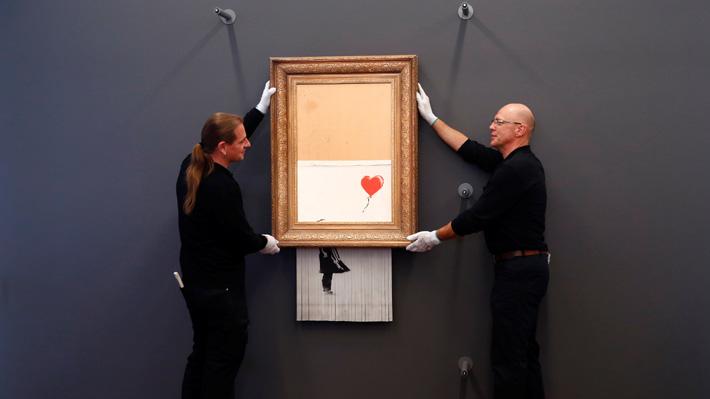 Un museo alemán expone la obra autodestruida de Banksy y atrae a un gran número de visitantes