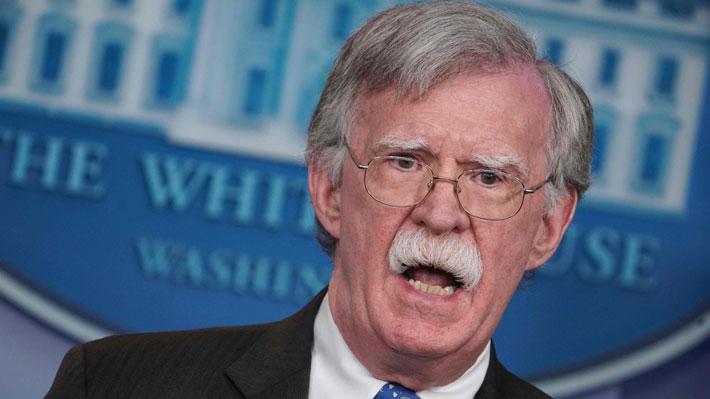 EE.UU. considera eximir de sanciones a militares venezolanos que se rebelen contra Maduro