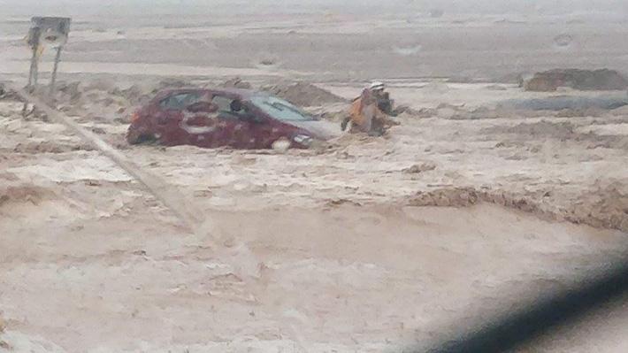 Intensas lluvias generan inundaciones en Chuquicamata e Intendencia decreta Alerta Roja en Antofagasta