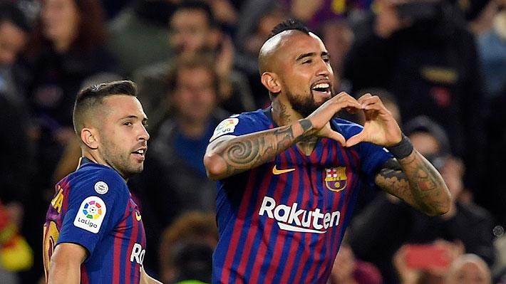 """Vidal es destacado en Barcelona como uno de los """"debutantes goleadores"""" en clásicos de los últimos 20 años"""