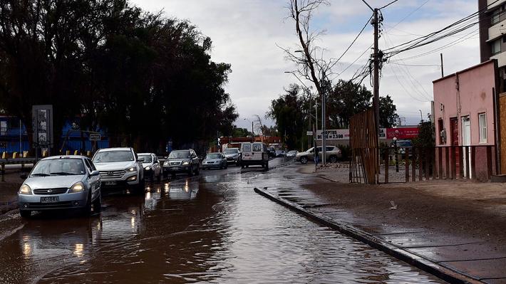 Piñera viaja al norte por emergencia que deja seis fallecidos: Estará hasta el domingo