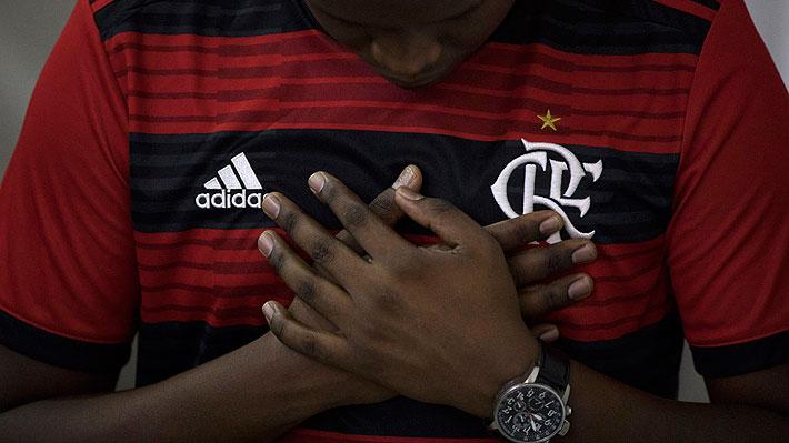 Los relatos sobre dos jóvenes que lograron sobrevivir al trágico incendio que enluta al Flamengo de Brasil