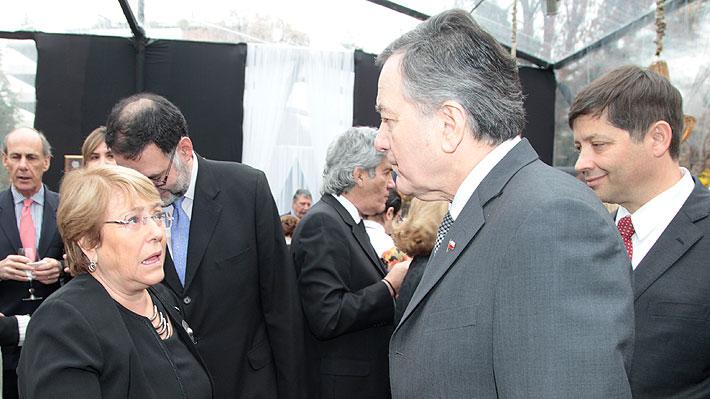 """Ampuero señala que """"la región y no solo el gobierno de Piñera"""" están disconformes con rol de Bachelet en crisis de Venezuela"""