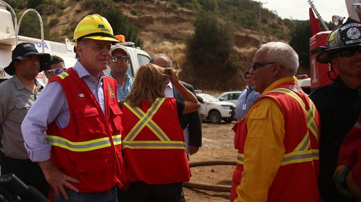Ministro de Agricultura advierte que incendios forestales se trasladarán esta semana desde Valparaíso hasta La Araucanía