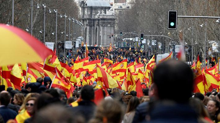 Galería: Las imágenes que dejaron las manifestaciones que piden la dimisión de Pedro Sánchez en España