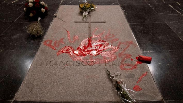 Tras superar complicaciones Gobierno español aprobará la exhumación de Francisco Franco este viernes