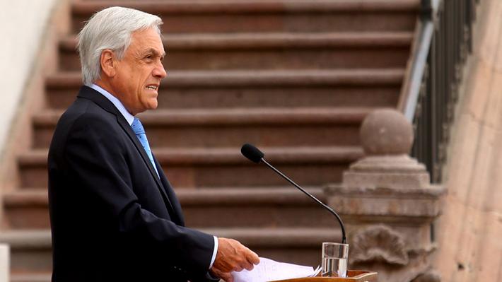 """Piñera vuelve a emplazar a Bachelet por Venezuela: """"Ella sabe muy bien cuáles son sus obligaciones"""""""
