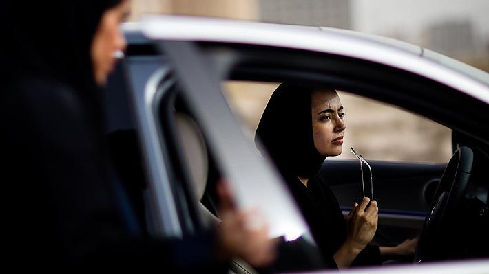 Absher, la app del gobierno saudita que permite rastrear a mujeres, y que tiene en la polémica a Google y Apple