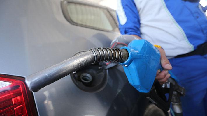 Bencinas seguirán cayendo en marzo y acumularían una baja de $120 por litro