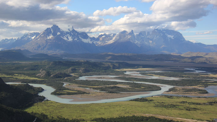 Onemi declara Alerta Roja para la comuna de Torres del Paine por amenaza de desborde