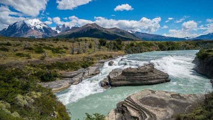 Se desborda río en comuna de Torres del Paine y Onemi mantiene la Alerta Roja
