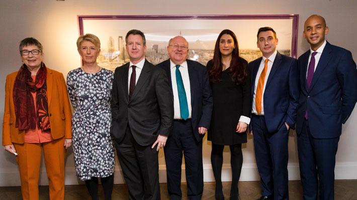 Reino Unido: Siete diputados laboristas abandonan el partido por rechazo al liderazgo de Jeremy Corbyn