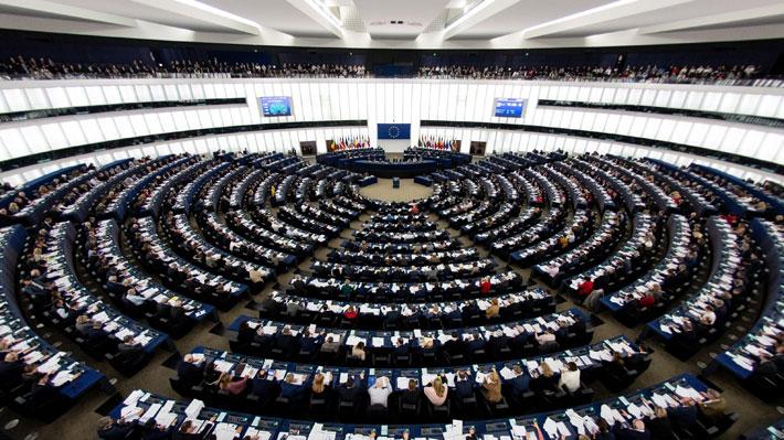Elecciones europeas: Según sondeos la centroderecha conservaría la mayoría mientras que la ultraderecha crecerá