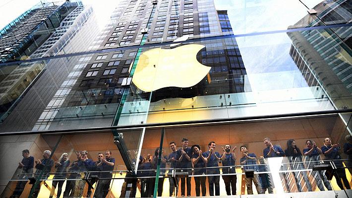 Ante la denuncia de miles de chilenos contra Apple: ¿Qué es la obsolescencia programada?