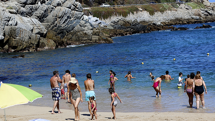 A pocos días del inicio de la temporada estival, seis regiones del país no tienen playas aptas para el baño
