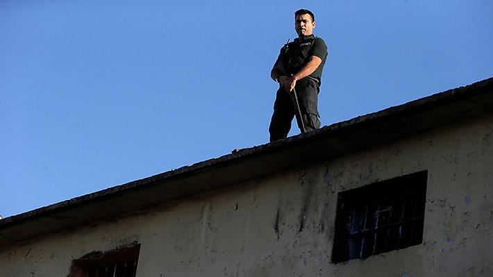 Gendarmería allana módulo de cárcel Santiago Uno y encuentra 25 municiones sin usar