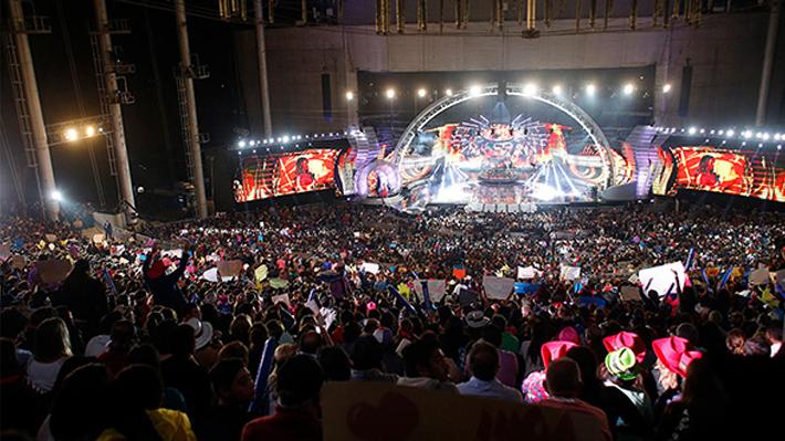 """Ana Tijoux acusa que Festival de Viña del Mar la invitó a """"tocar gratis"""""""