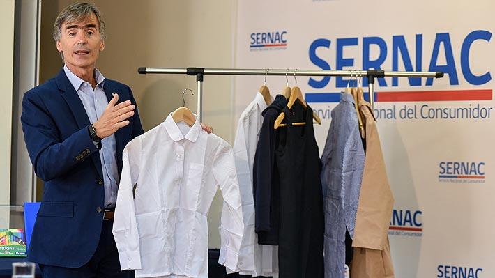 Sernac detecta diferencias de más del 100% en precios de ropa escolar y útiles