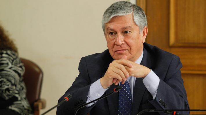 """Senador Sandoval (UDI): Han existido errores de """"coordinación y comunicación"""" en incendio en Aysén"""