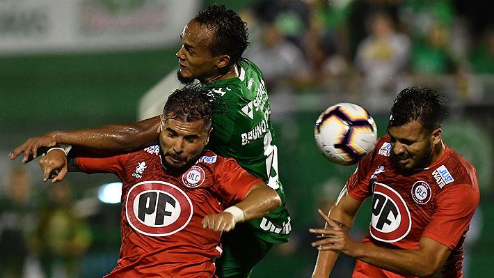 Rivales de clubes chilenos que inscribieron tardíamente sus planillas en copas amenazan con reclamar los puntos