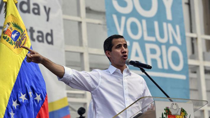 """Venezuela: Guaidó emite """"decreto presidencial"""" que autoriza ingreso de ayuda humanitaria"""
