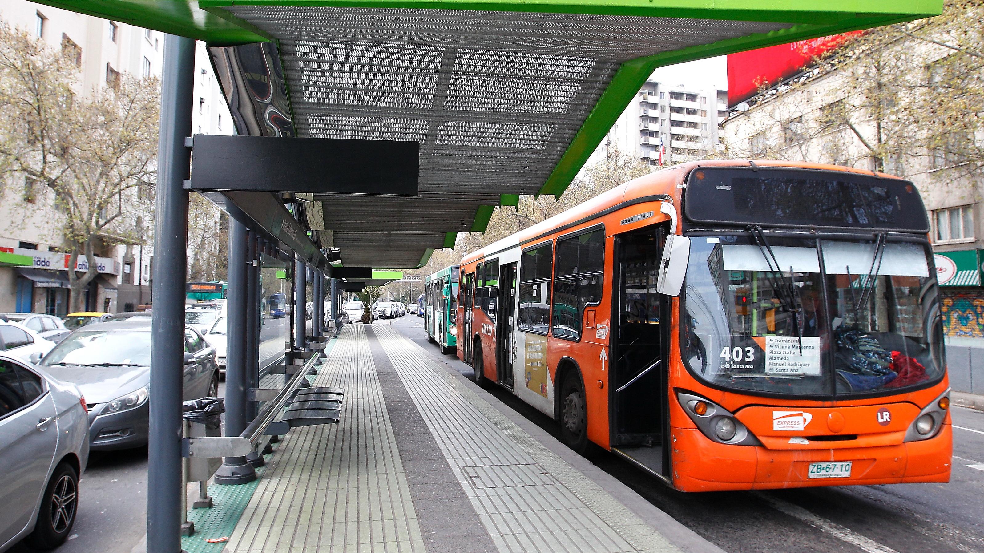 """Transportes anuncia """"plan marzo"""": Habrá más buses y especial monitoreo a estación Los Libertadores"""