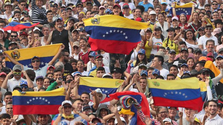 """""""Venezuela Aid Live"""": El concierto de ocho horas que reunió a unas 300 mil personas en Cúcuta"""