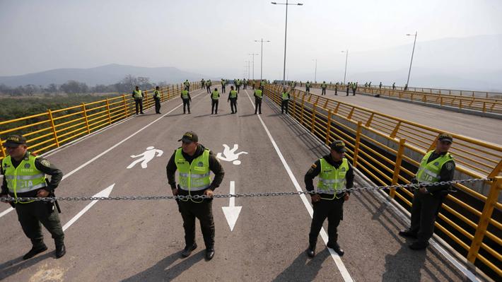 Juan Guaidó anuncia la entrada del primer camión con ayuda humanitaria a Venezuela a través de Brasil