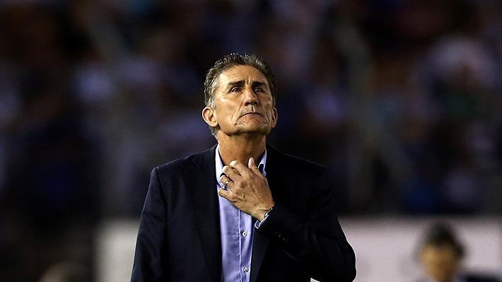 Rival de Católica en la Libertadores oficializó la salida de su entrenador a dos semanas del debut en la Copa