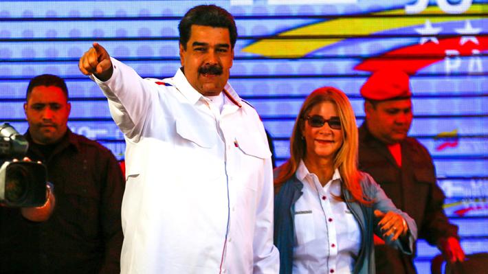 Maduro anuncia ruptura total en relaciones con Colombia y asegura que no dará su brazo a torcer