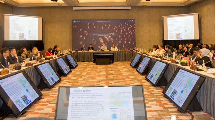 Arrancan primeras reuniones de representantes de la APEC en Santiago: Tala ilegal, océanos y pesca entre los temas tratados