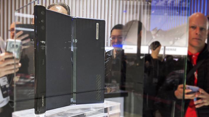 MWC: Huawei no se queda atrás y también apuesta a las pantallas plegables con su Mate X