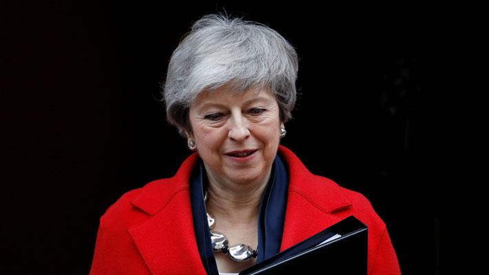 May anuncia que dejará en manos del Parlamento la decisión de aplazar el Brexit