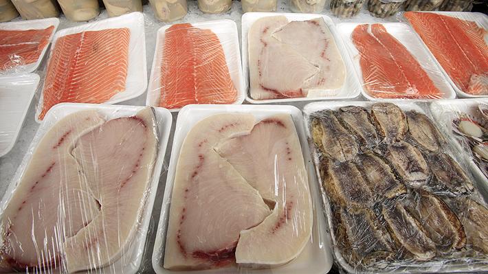 Turista se intoxicó con mercurio por comer pescado durante dos semanas en crucero de Alaska