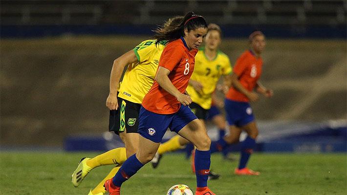 """La """"Roja"""" femenina lucha, pero cae en un amistoso ante Jamaica a modo de preparación para el Mundial de Francia"""