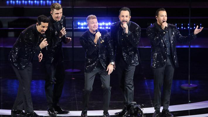 """Backstreet Boys tuvo un exitoso reencuentro con el Festival de Viña, pero el """"Monstruo"""" se indignó por """"breve"""" show"""